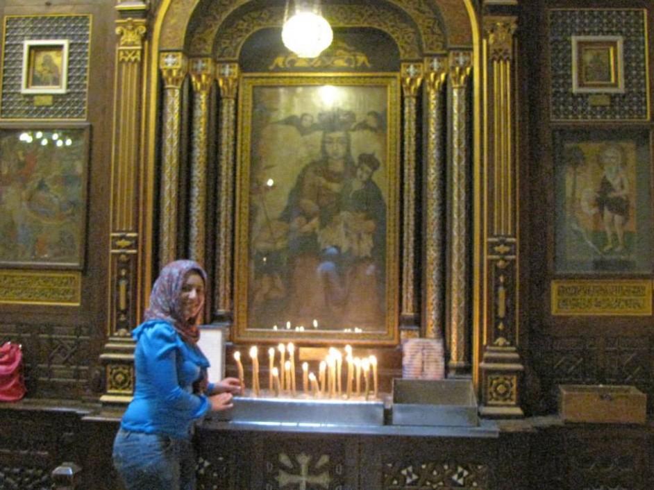 صورة لي في إالكنيسة المعلقة بالقاهرة