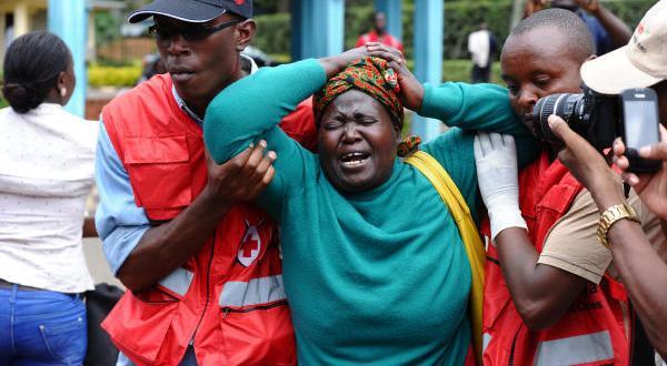 إحدى ضحايا مجرزة غاريسا بكينيا